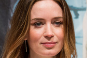 Emily Blunt Medium Straight Cut