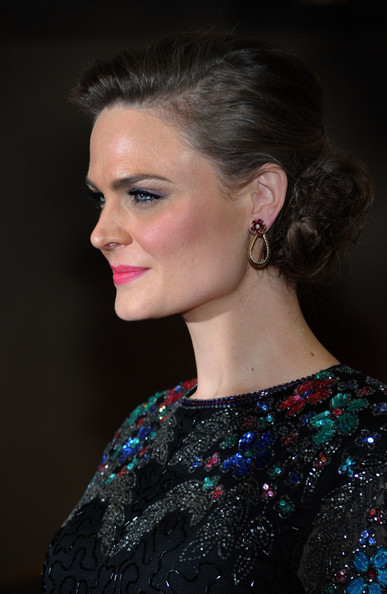 Emily Deschanel Hair