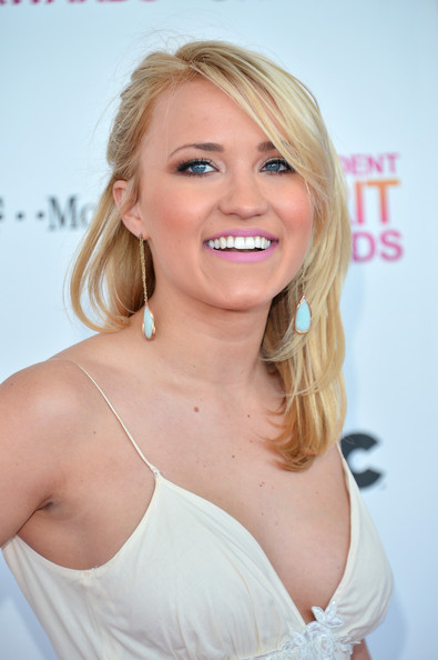 Emily Osment Hair