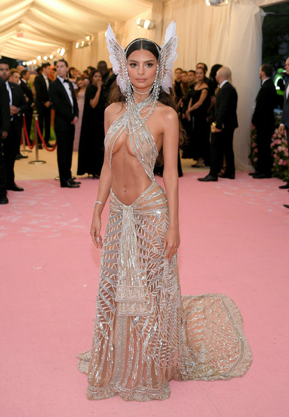 Emily Ratajkowski Sheer Dress [red carpet,carpet,fashion,flooring,fashion model,haute couture,dress,gown,hairstyle,event,carpet,fashion - arrivals,emily ratajkowski,notes,fashion,red carpet,camp,new york city,metropolitan museum of art,met gala celebrating camp,emily ratajkowski,2019 met gala,the metropolitan museum of art,red carpet,fashion,celebrity,the first monday in may,camp,camp: notes on fashion]