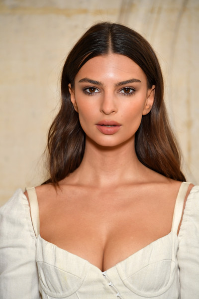 Emily Ratajkowski Long Center Part [hair,face,brassiere,lip,eyebrow,skin,beauty,hairstyle,brown hair,shoulder,christian dior,emily ratajkowski,part,paris,france,paris fashion week womenswear spring,photocall - paris fashion week womenswear spring]