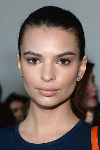 Emily Ratajkowski Ponytail [hair,face,eyebrow,lip,hairstyle,chin,beauty,cheek,fashion,forehead,jason wu,emily ratajkowski,front row,new york city,spring studios,mercedes-benz fashion week,fashion show]