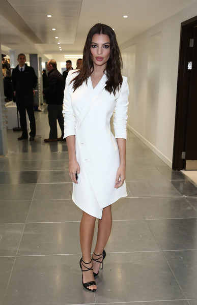 Emily Ratajkowski Wool Coat [show,fashion model,white,clothing,fashion,dress,fashion show,skin,beauty,shoulder,fashion design,emily ratajkowski,antonio berardi,front row,fw15,london,england,bloomsbury way,lfw,london fashion week]