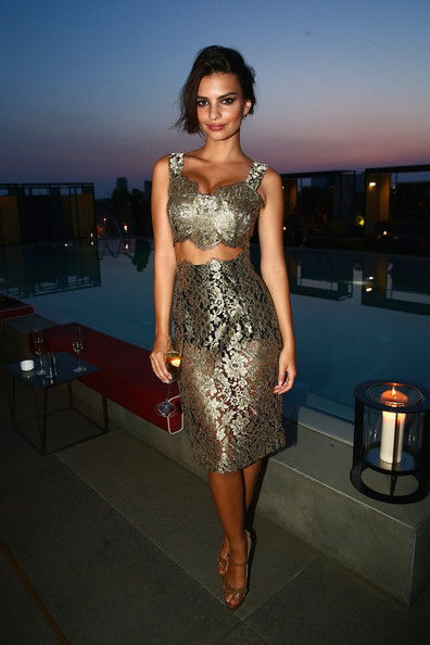 Emily Ratajkowski Crop Top [clothing,dress,fashion model,shoulder,cocktail dress,fashion,lady,beauty,leg,hairstyle,gq celebrates the spring 2015 milan collection,milan,italy,emily ratajkowski]