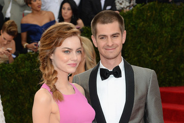 Emma Stone Andrew Garfield Red Carpet Arrivals at the Met Gala — Part 3