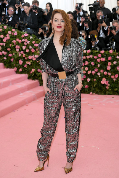 Emma Stone Jumpsuit [fashion,clothing,red carpet,fashion model,pantsuit,suit,carpet,haute couture,spring,flooring,carpet,fashion - arrivals,emma stone,notes,fashion,red carpet,clothing,new york city,metropolitan museum of art,met gala celebrating camp,emma stone,the metropolitan museum of art,2019 met gala,fashion,heavenly bodies: fashion and the catholic imagination,2018 met gala,red carpet,the first monday in may,camp: notes on fashion]