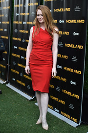 Miranda Otto donned an asymmetrical, ruched dress in a sexy red hue for the 'Homeland' Emmy FYC event.