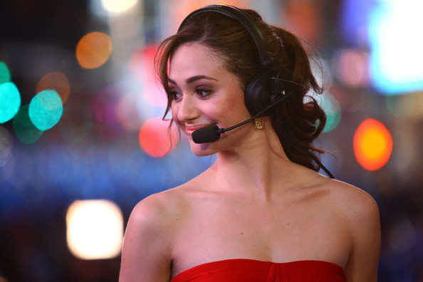 Emmy Rossum Ponytail [emmy rossum,carson daly,hair,face,beauty,lip,red,hairstyle,skin,nose,shoulder,brown hair,new york city,times square]