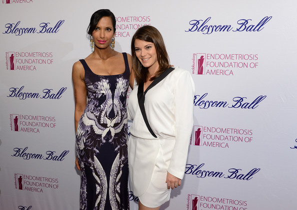 More Pics of Padma Lakshmi Print Dress (1 of 39) - Padma Lakshmi Lookbook - StyleBistro