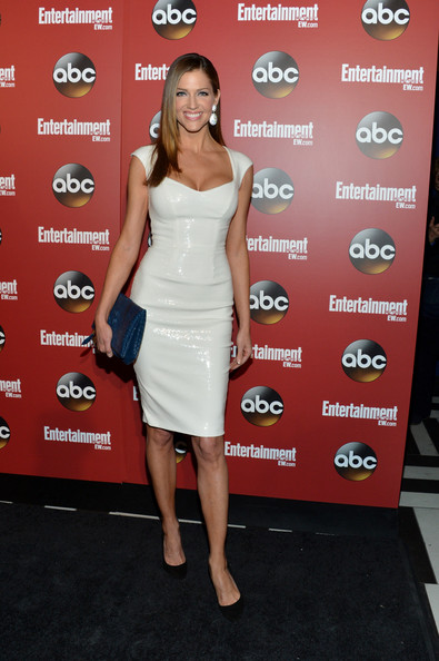 Tricia Helfer showed off her fit figure in this crisp white frock.