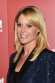 Julie Bowen's lovely blonde locks were totally shiny, sleek and smooth at ABC's Upfront Party in NYC.