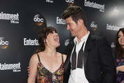 Kelly Clarkson and Robin Thicke Photo