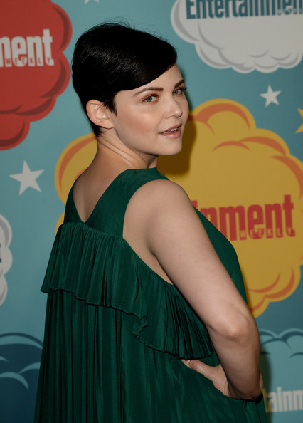 More Pics of Ginnifer Goodwin Short Straight Cut (2 of 23) - Short Hairstyles Lookbook - StyleBistro