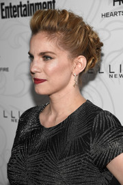 Anna Chlumsky rocked a messy-glam pompadour at the Entertainment Weekly SAG nominees celebration.