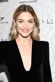 Jaime King looked lovely with her feathery waves at the Entertainment Weekly SAG nominees celebration.
