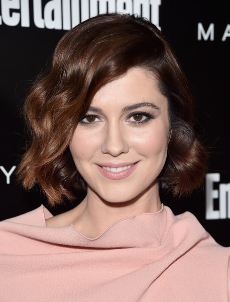 Mary Elizabeth Winstead looked oh-so-sweet wearing this wavy bob at the Entertainment Weekly celebration honoring the SAG nominees.