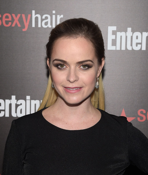 Taryn Manning was her usual punky self wearing this slicked-back hairstyle at the Entertainment Weekly SAG Awards nominee celebration.