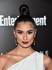 Diane Guerrero rocked a towering top knot at the Entertainment Weekly celebration honoring the SAG nominees.