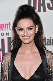 Lydia Hearst styled her hair into a high ponytail for the Entertainment Weekly Comic-Con celebration.
