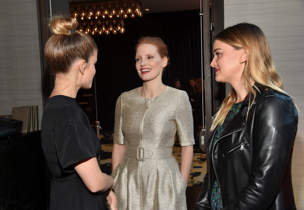 More Pics of Jessica Chastain Messy Updo (1 of 12) - Jessica Chastain Lookbook - StyleBistro