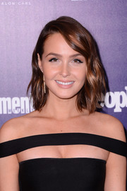 Camilla Luddington kept it youthful with this shoulder-length wavy 'do at the Entertainment Weekly and People celebration of the New York Upfronts.