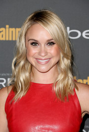 Becca Tobin looked radiant at the Entertainment Weekly pre-Emmy party with her shiny wavy 'do.