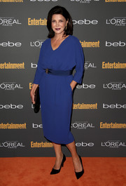 Shohreh Aghdashloo's blue V-neck cocktail dress at the Entertainment Weekly pre-Emmy party was so sophisticated in its simplicity.