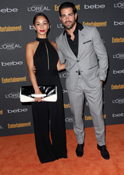 Ashley Madekwe might just start an oversized clutch craze with this black-and-white number she brought to the Entertainment Weekly pre-Emmy party.