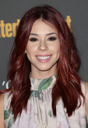 Jillian Rose Reed's textured waves at the Entertainment Weekly pre-Emmy party had a mildly edgy feel.