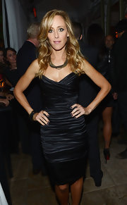 Kim Raver stunned in a knee-length little black dress with a sweetheart neckline at the the Entertainment Weekly Pre-SAG party.