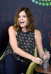 Betsy Brandt kept it breezy in a sleeveless print blouse during Entertainment Weekly's PopFest.
