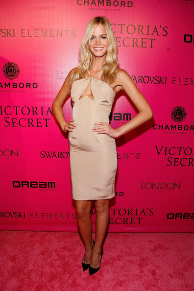 Erin Heatherton Pumps