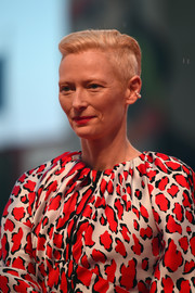 Tilda Swinton rocked a short 'do with close-cropped sides at the Venice Film Festival screening of 'At Eternity's Gate.'