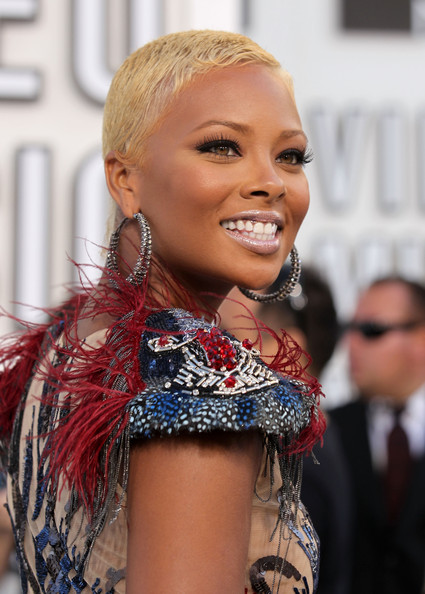 Eva Pigford Buzzcut [hair,hairstyle,blond,beauty,fashion,lip,chin,street fashion,hair coloring,smile,arrivals,eva pigford,2010 mtv video music awards,california,los angeles,nokia theatre l.a. live]