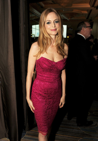 More Pics of Heather Graham Strapless Dress (1 of 11) - Heather Graham Lookbook - StyleBistro
