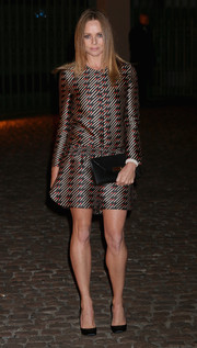 Stella McCartney's long-sleeve printed mini dress at the Global Fund event had a stylish retro feel.