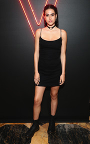 Amelia Gray Hamlin slipped into a little black dress with chain shoulder straps for the Maybelline Mansion event.