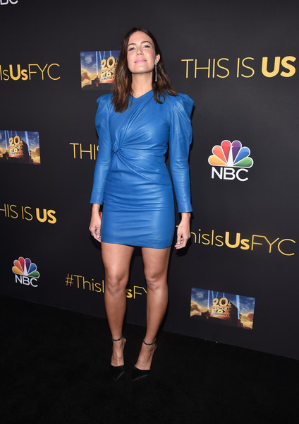 Mandy Moore went modern in a blue Isabel Marant leather dress with a gathered waist and Juliet sleeves at the Evening with 'This is Us' event.