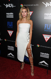 Hailey Baldwin slipped into a high-slit, strapless LWD by David Koma for the Republic Records VMA party.