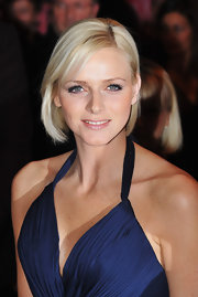 Charlene Wittstock, Princess of Monaco, attended the 2008 Monte Carlo Rose Ball wearing her hair in a casual layered bob.