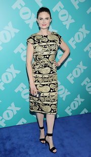Emily Deschanel chose this paisley-print dress to give her a class and structured look at the FOX 2013 programming presentation in NYC.