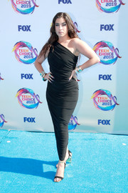 Lauren Jauregui sheathed her curves in a ruched one-shoulder dress by Norma Kamali for the 2019 Teen Choice Awards.