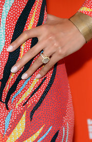 Noureen De Wulf's gorgeous diamond ring added major elegance to her look during the FXX Network launch.