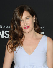 Kathryn Hahn left her hair loose with lush waves during the FYC special screening for 'Transparent.'