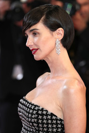 Paz Vega showed off a sleek short 'do at the Cannes Film Festival screening of 'In the Fade.'