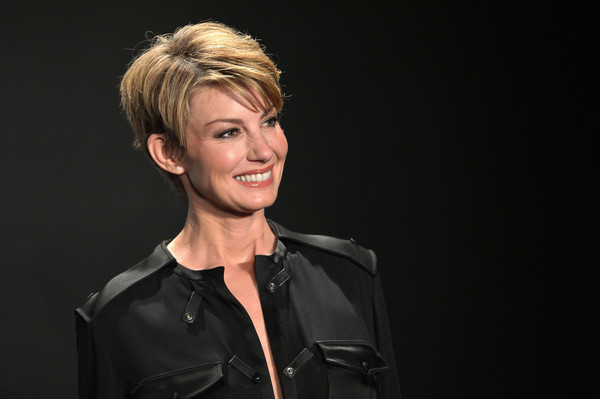 Faith Hill Boy Cut []