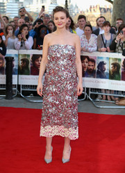 Carey Mulligan looked totally party-ready at the 'Far from the Madding Crowd' world premiere in a Christian Dior Couture strapless dress packed full of silver and pink sequins.