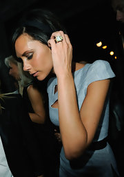 Victoria Beckham sports one of the most impressive engagement rings that the world has ever seen.