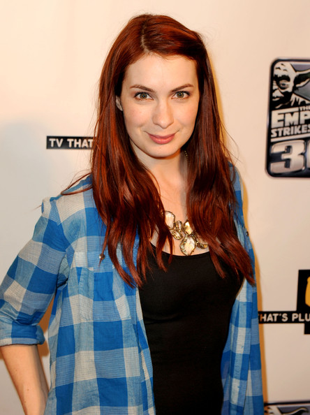 Felicia Day Long Straight Cut