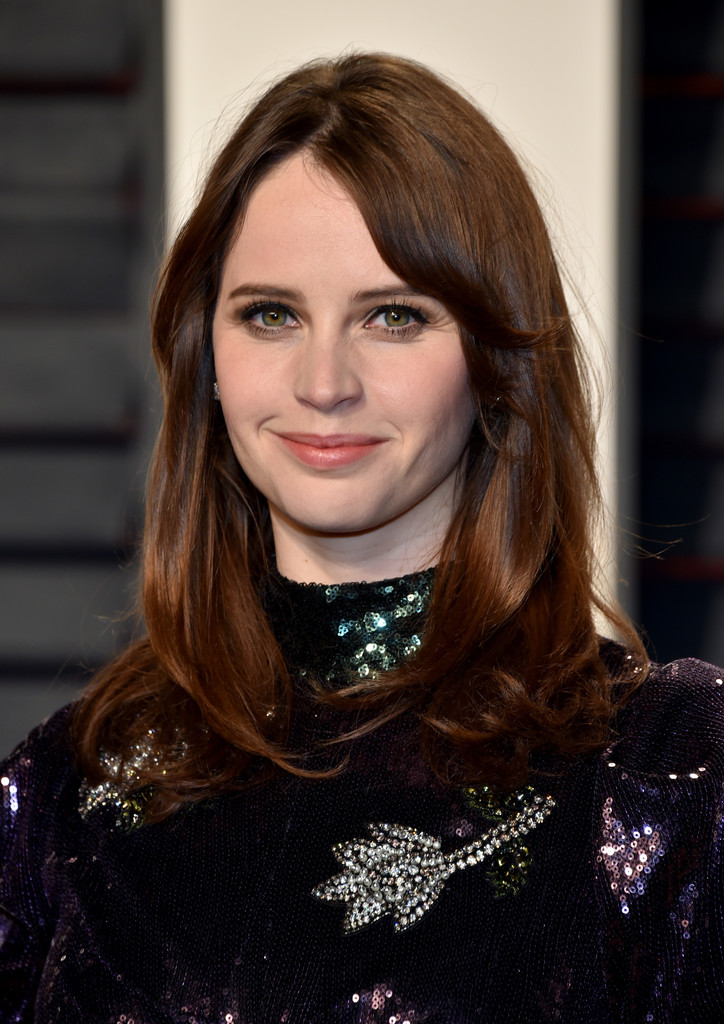 Felicity Jones Hair Looks Stylebistro